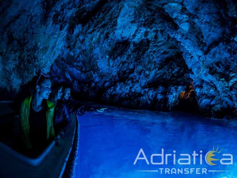 Split Blue Cave tour